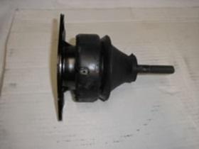 KKB102480- silentblok motoru Freelander